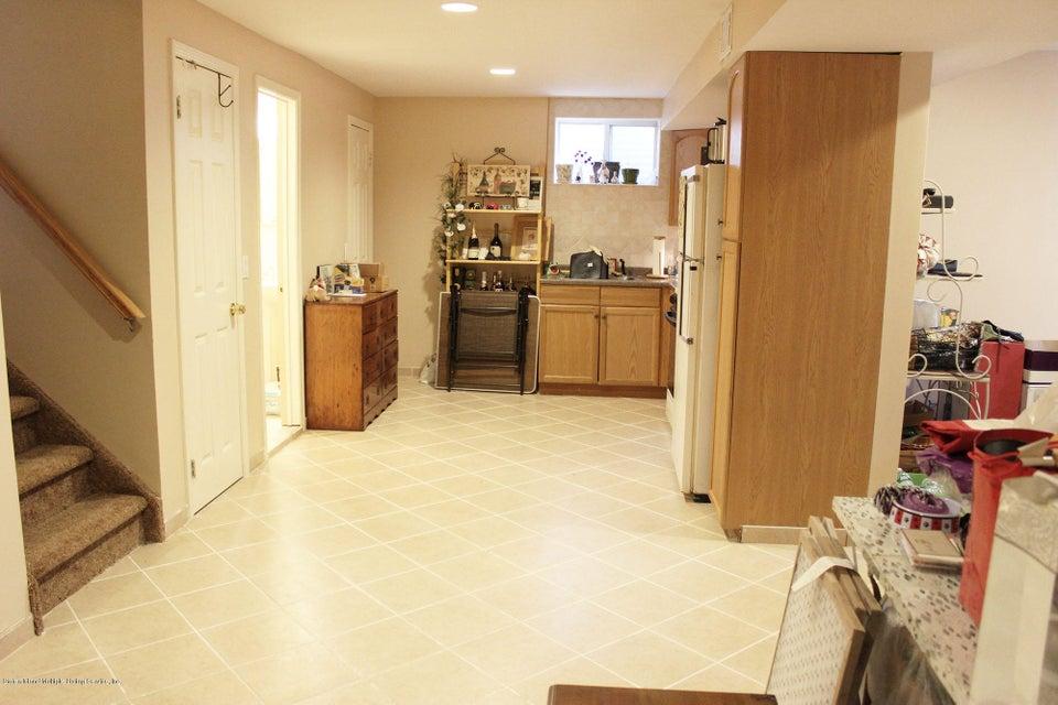 Single Family - Attached 120 Fairlawn Avenue  Staten Island, NY 10308, MLS-1112334-28