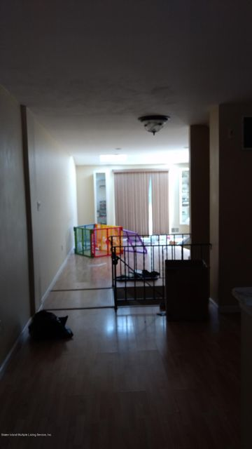 Additional photo for property listing at 211 Pembrook Loop  Staten Island, New York 10309 United States