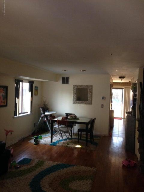 Single Family - Semi-Attached 17 Journeay Street  Staten Island, NY 10303, MLS-1112348-4