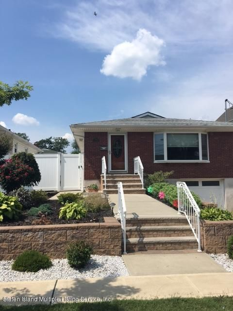 Additional photo for property listing at 424 Winchester Avenue  Staten Island, New York 10312 United States