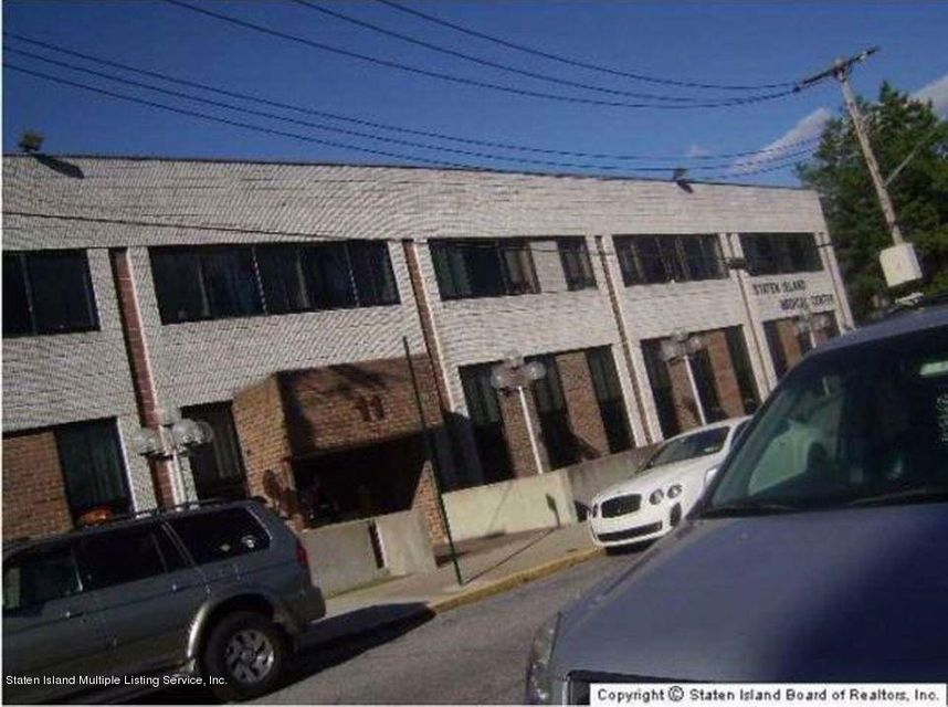 Commercial for Sale at 11 Ralph Place Staten Island, New York 10304 United States