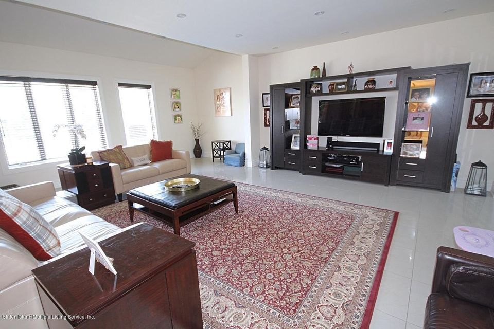 Additional photo for property listing at 56 Madsen Avenue  Staten Island, New York 10309 United States