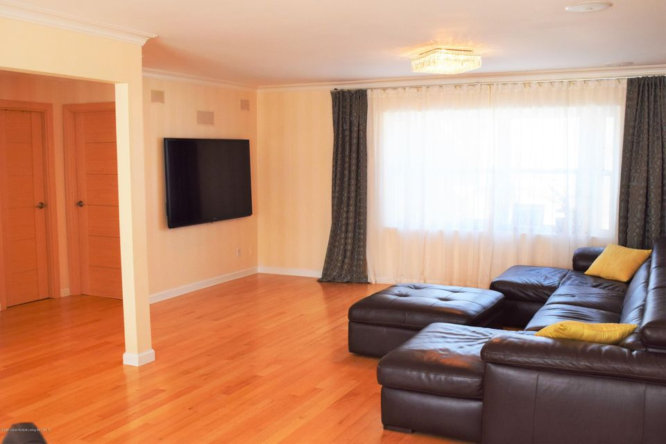 Additional photo for property listing at 22 S. Beach Avenue  Staten Island, New York 10305 United States
