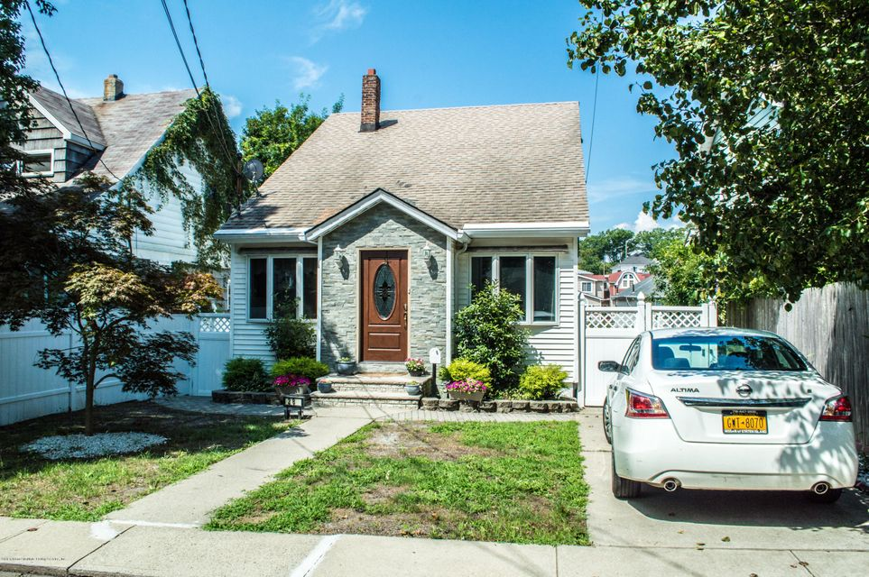 Single Family Home for Sale at 28 Bayard Street Staten Island, New York 10312 United States
