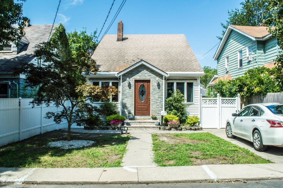 Additional photo for property listing at 28 Bayard Street  Staten Island, New York 10312 United States