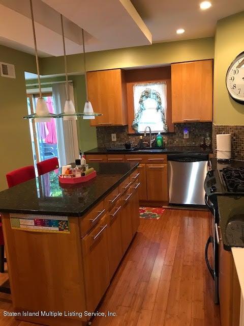 Single Family - Detached 301 Davis Avenue  Staten Island, NY 10310, MLS-1112516-8