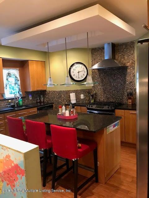 Single Family - Detached 301 Davis Avenue  Staten Island, NY 10310, MLS-1112516-9