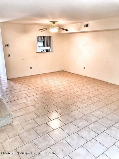 Additional photo for property listing at 92 Seguine Place  Staten Island, New York 10312 United States