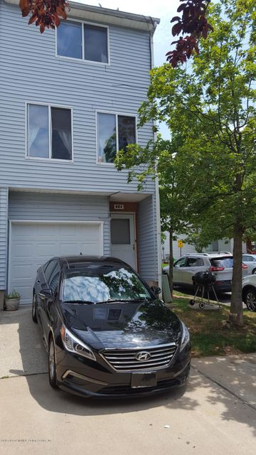 Additional photo for property listing at 251 Emily Lane  Staten Island, New York 10312 United States