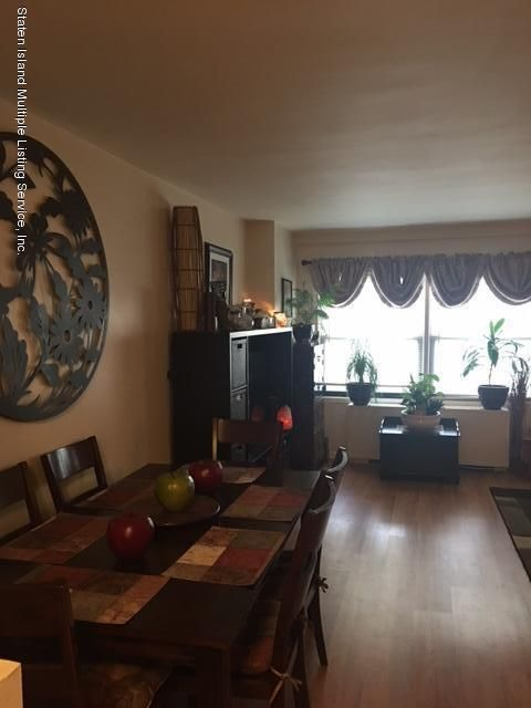 Additional photo for property listing at 1100 Clove Road  Staten Island, New York 10301 United States