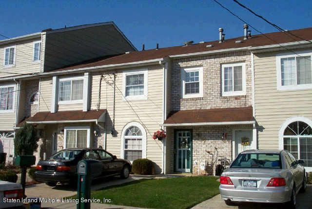 Single Family Home for Sale at 92 Seguine Place Staten Island, New York 10312 United States