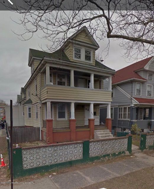 Single Family Home for Sale at 210 Park Avenue Staten Island, New York 10302 United States