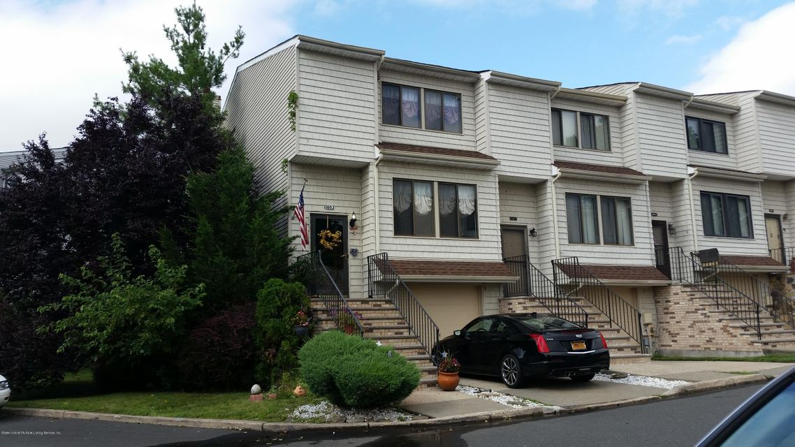 Single Family Home for Sale at 160 Dinsmore Street Staten Island, New York 10314 United States
