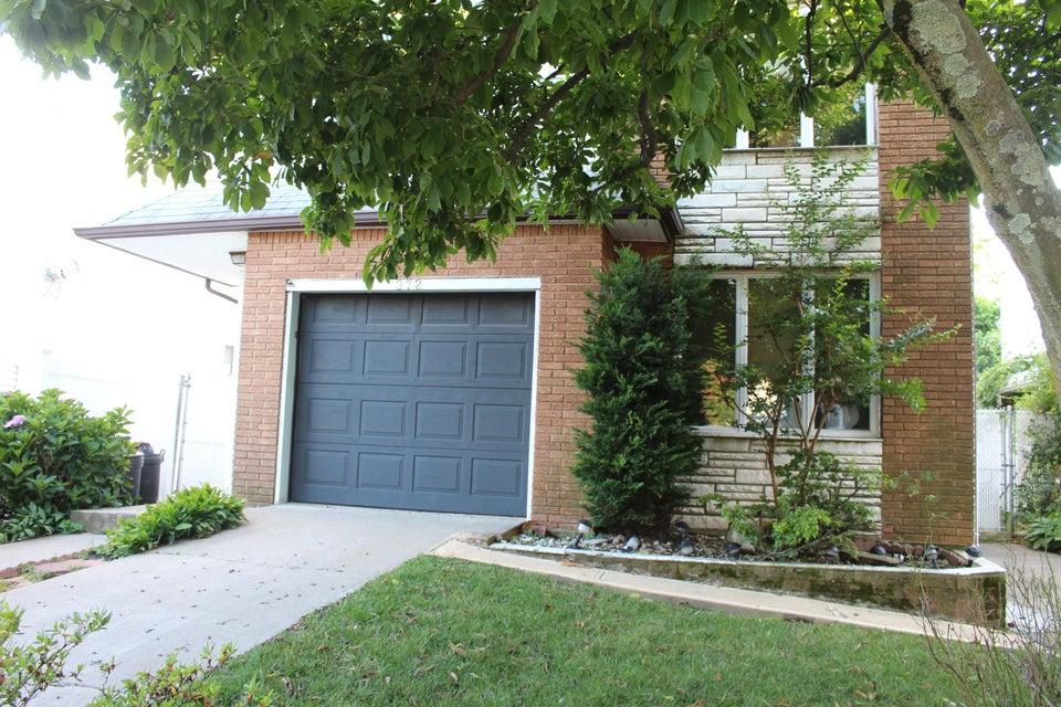 Two Family - Detached 372 Garretson Avenue  Staten Island, NY 10305, MLS-1112510-2