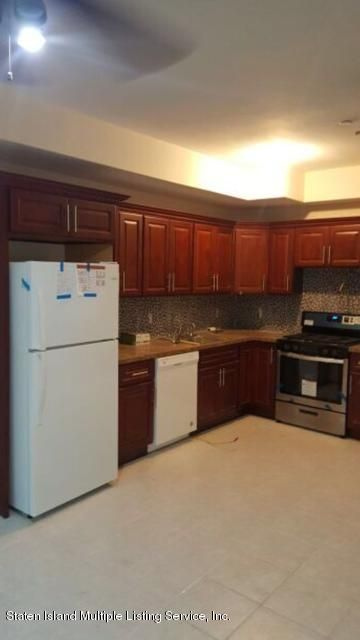 Additional photo for property listing at 36 Layton Avenue  Staten Island, New York 10301 United States