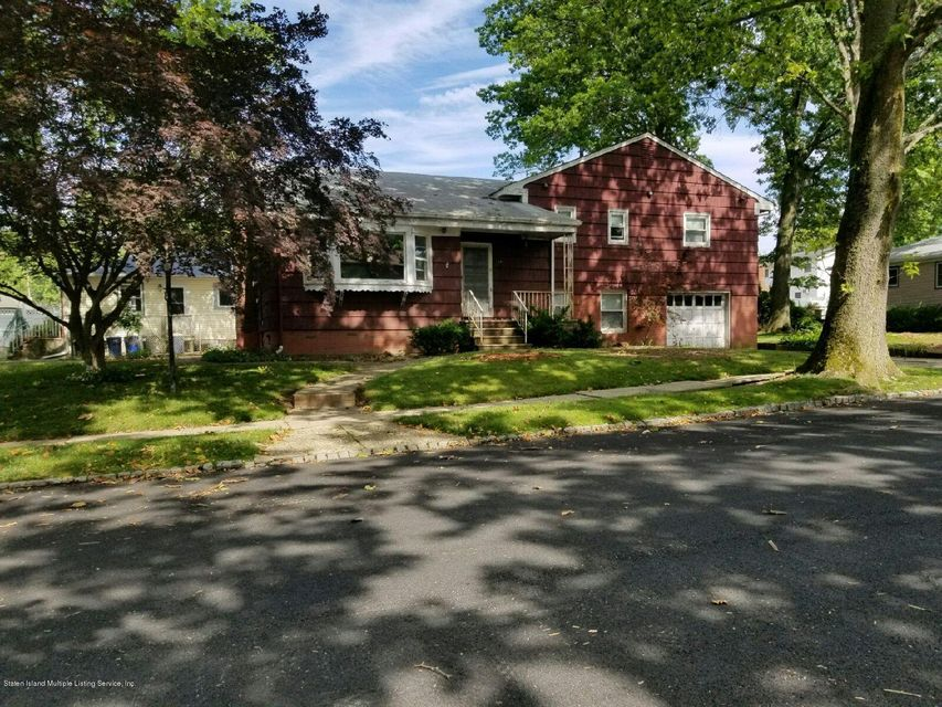 Single Family Home for Sale at 141 Kell Avenue Staten Island, New York 10314 United States