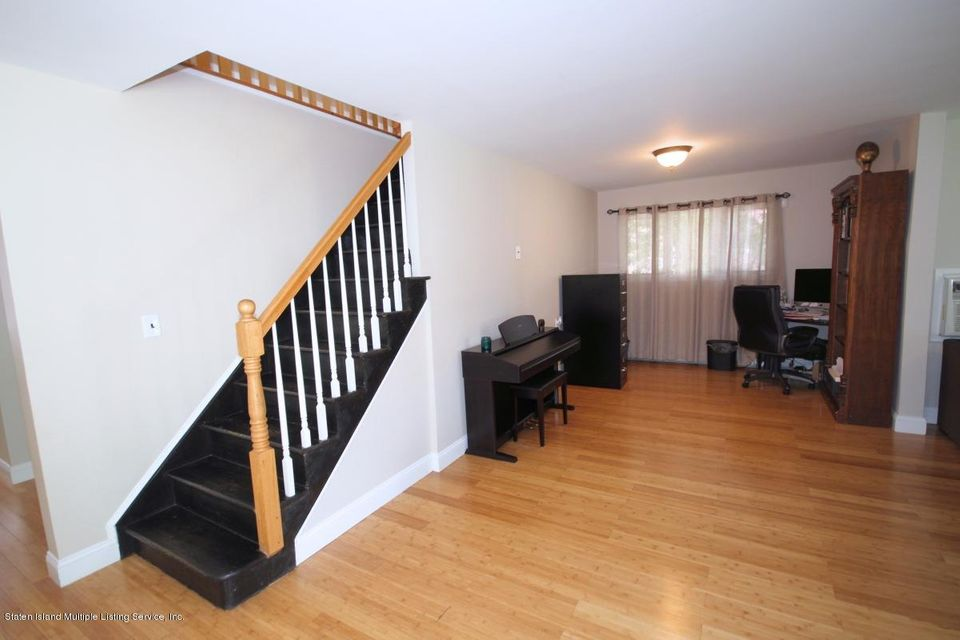 Additional photo for property listing at 163 Coventry Road  Staten Island, New York 10304 United States