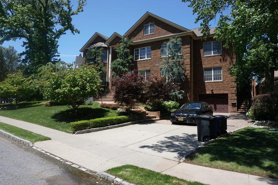 Two Family - Detached 157 Hillside Terrace  Staten Island, NY 10308, MLS-1112561-2