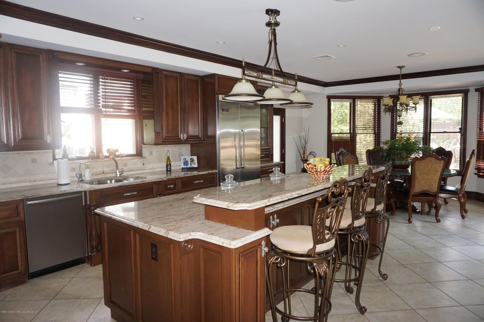 Two Family - Detached 157 Hillside Terrace  Staten Island, NY 10308, MLS-1112561-10
