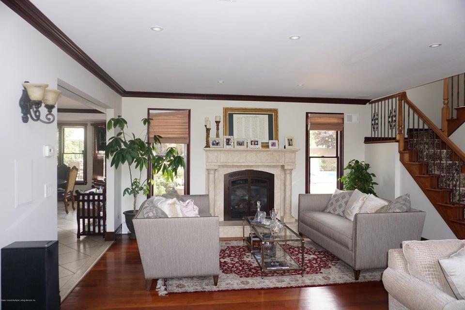 Two Family - Detached 157 Hillside Terrace  Staten Island, NY 10308, MLS-1112561-5