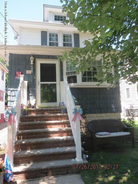 Single Family Home for Sale at 67 Jacob Street Staten Island, New York 10307 United States