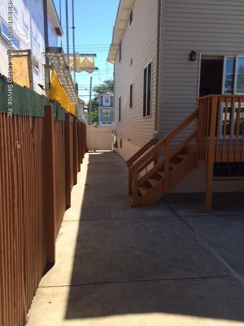 Additional photo for property listing at 521 Midland Avenue  Staten Island, New York 10306 United States