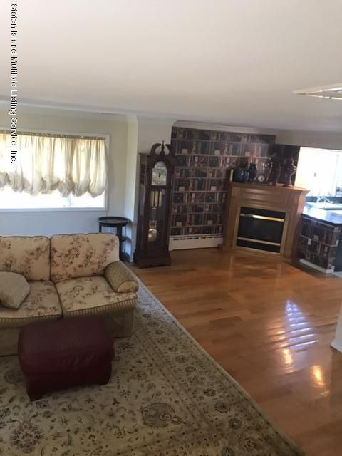 Additional photo for property listing at 69 Locust Avenue  Staten Island, New York 10306 United States
