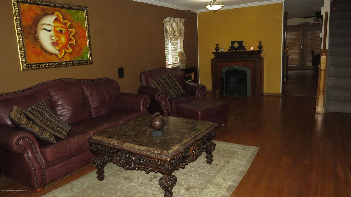 Two Family - Semi-Attached 29 Bentley Lane  Staten Island, NY 10307, MLS-1112594-4