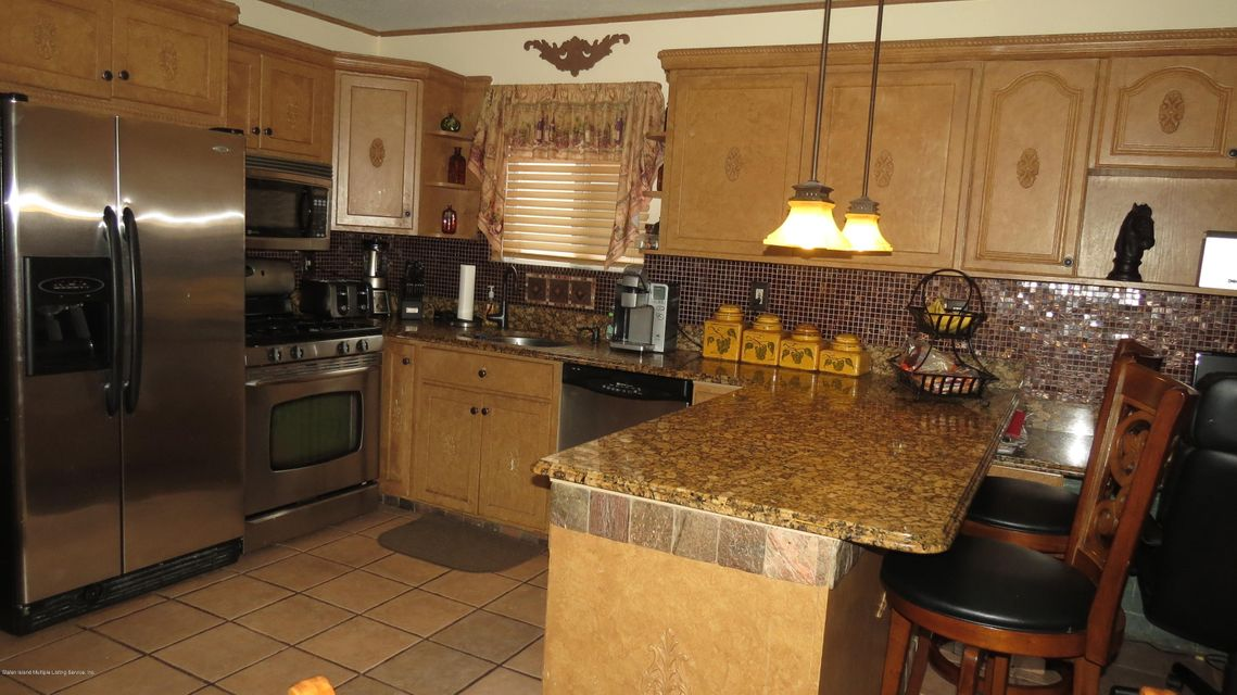 Two Family - Semi-Attached 29 Bentley Lane  Staten Island, NY 10307, MLS-1112594-9