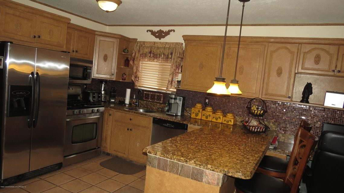 Two Family - Semi-Attached 29 Bentley Lane  Staten Island, NY 10307, MLS-1112594-8