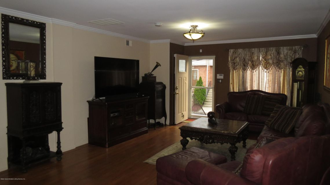 Two Family - Semi-Attached 29 Bentley Lane  Staten Island, NY 10307, MLS-1112594-6