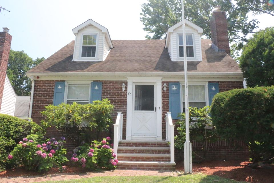 Single Family Home for Sale at 80 Margaretta Court Staten Island, New York 10314 United States