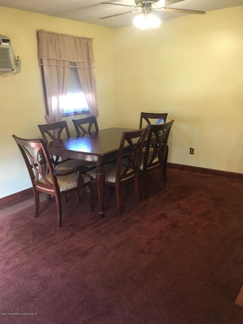 Additional photo for property listing at 422 Sycamore Street  Staten Island, New York 10312 United States