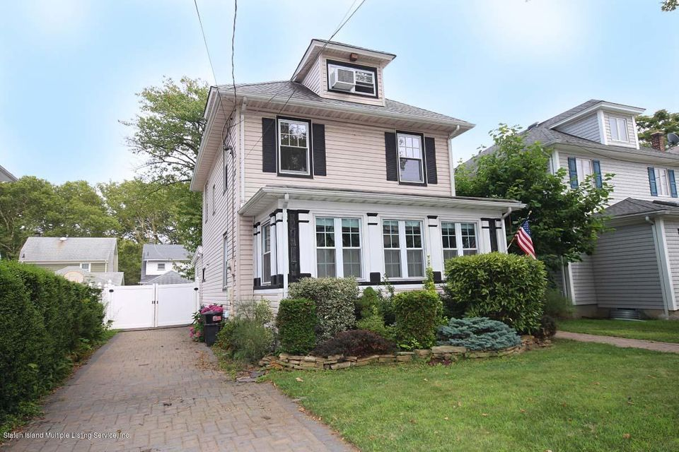 Single Family Home for Sale at 505 Kissel Avenue Staten Island, New York 10301 United States