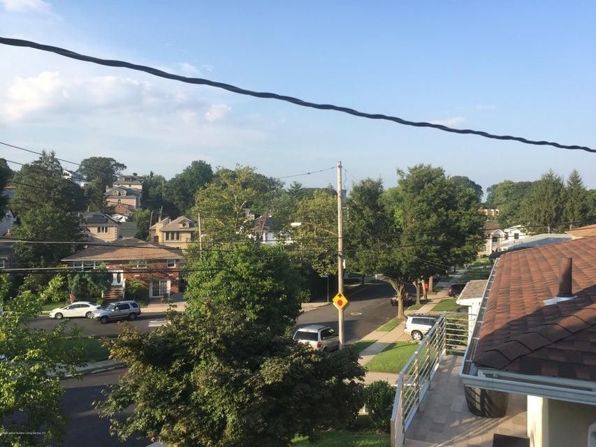 Single Family - Detached 47 Greenport Street  Staten Island, NY 10304, MLS-1112687-4