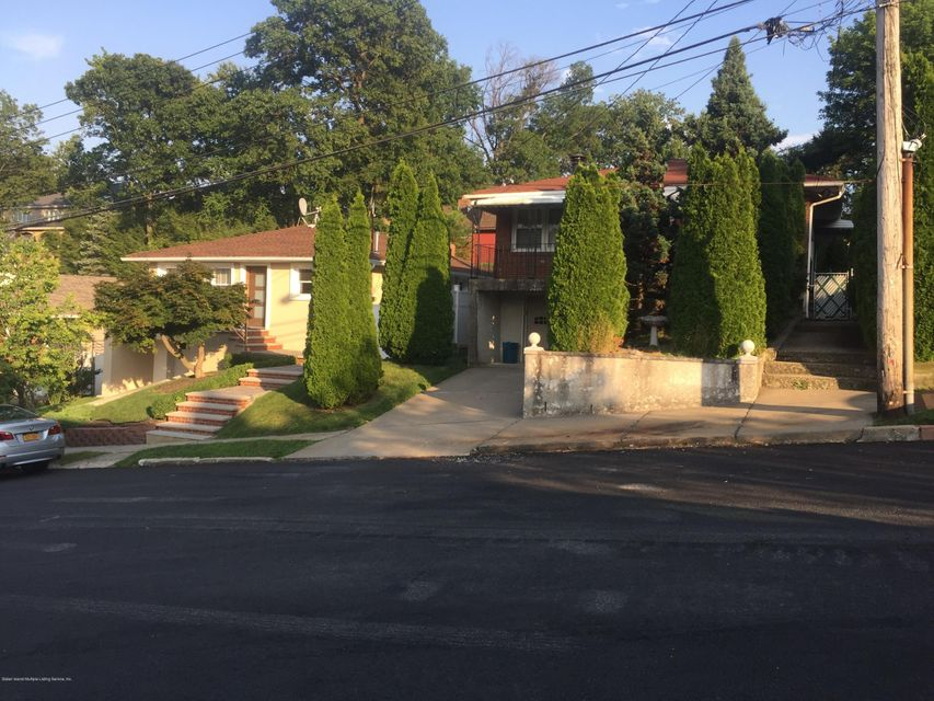 Single Family - Detached 47 Greenport Street  Staten Island, NY 10304, MLS-1112687-7