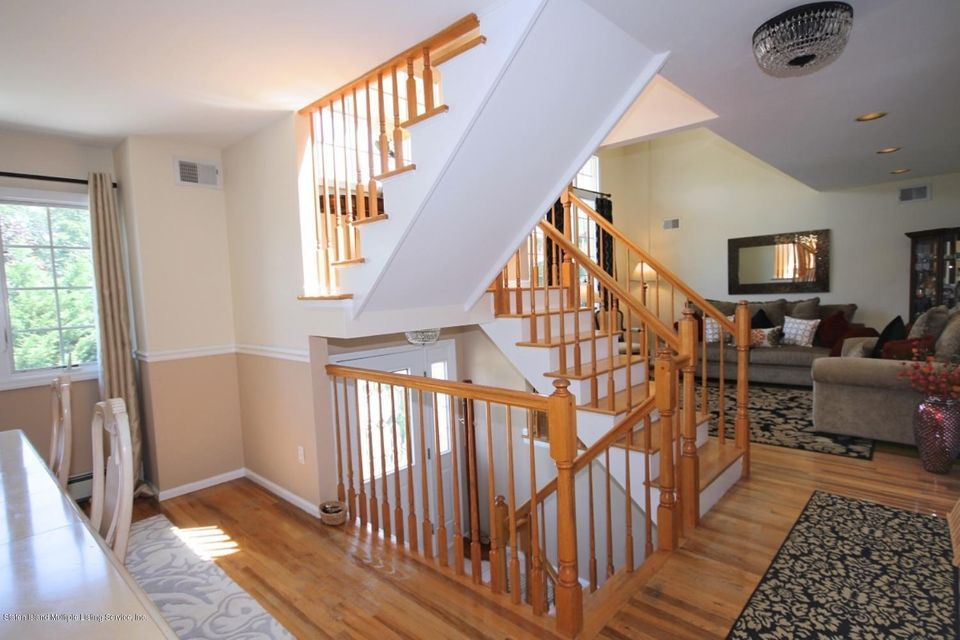 Additional photo for property listing at 514 O Gorman Avenue  Staten Island, New York 10308 United States