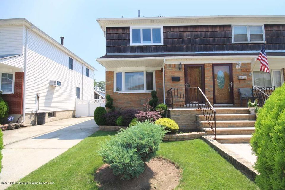 Single Family Home for Sale at 108 Kennington Street Staten Island, New York 10308 United States