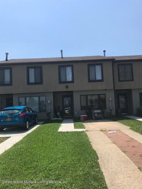 Single Family Home for Sale at 662 Greeley Avenue Staten Island, New York 10306 United States
