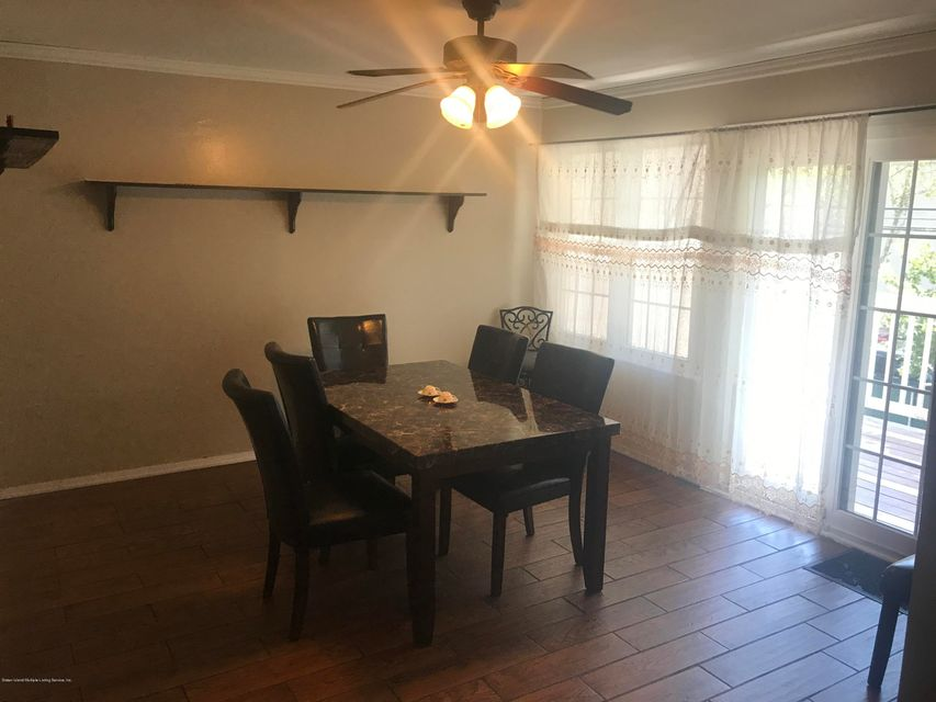 Additional photo for property listing at 59 Hampton Green  Staten Island, New York 10312 United States