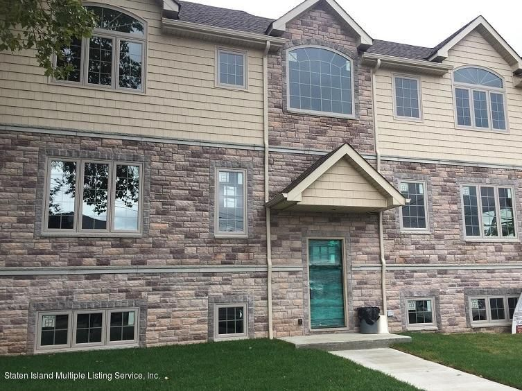 Single Family Home for Sale at 315 Virginia Avenue Staten Island, New York 10305 United States