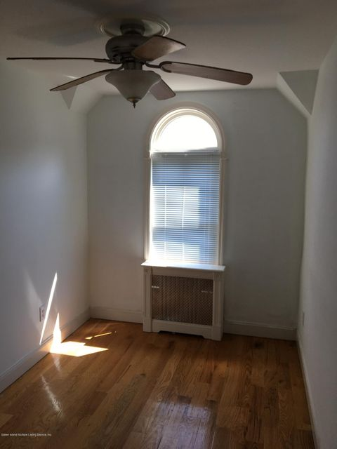 Additional photo for property listing at 35 Cunard Place  Staten Island, New York 10304 United States