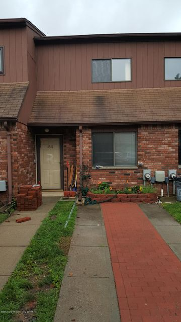 Single Family Home for Rent at 44 Pamela Lane Staten Island, New York 10304 United States