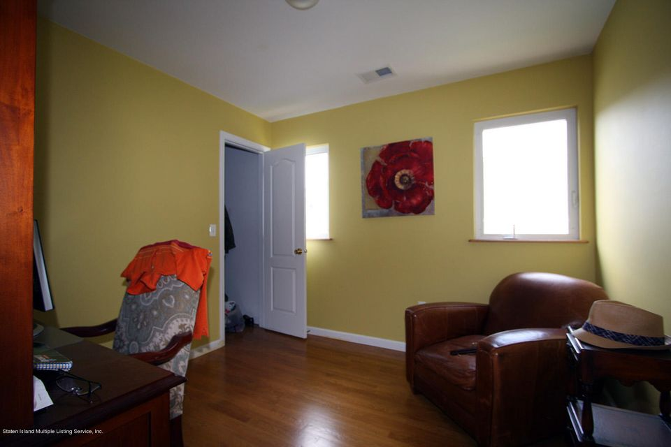 Additional photo for property listing at 86 Austin Avenue  Staten Island, New York 10305 United States