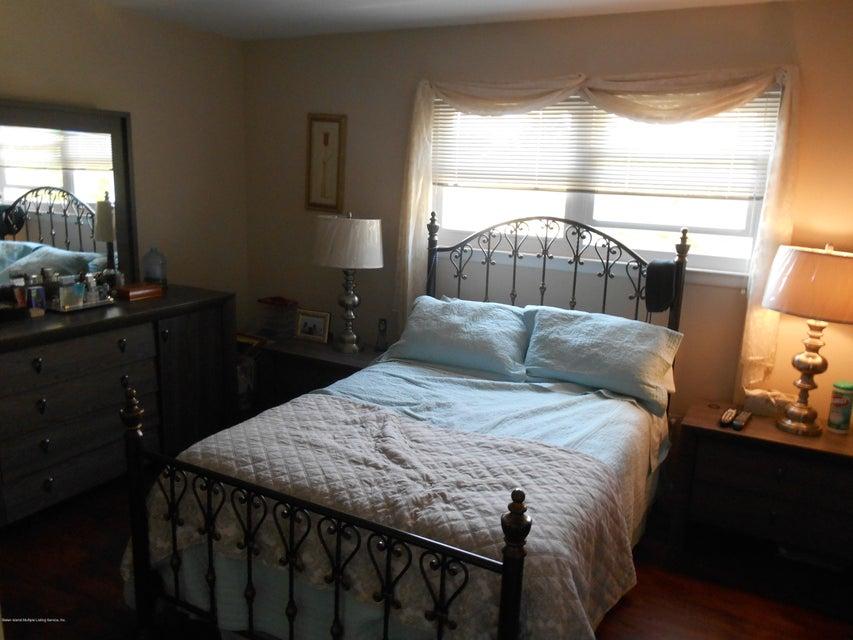 Additional photo for property listing at 79 Ebony Street  Staten Island, New York 10306 United States