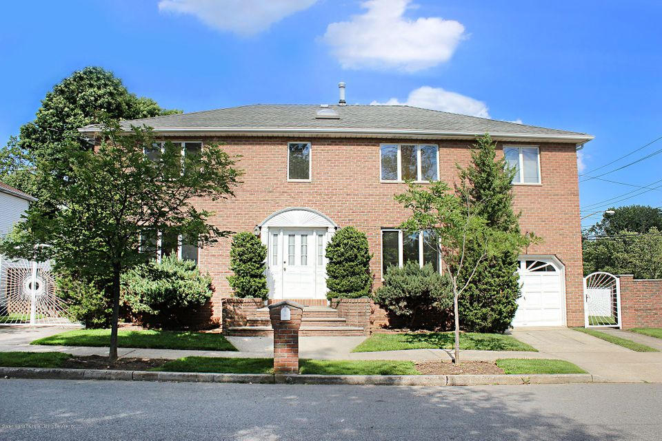 Two Family - Detached in Tottenville - 163 Finlay Street  Staten Island, NY 10307