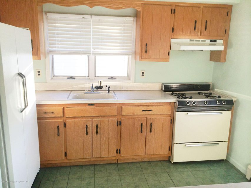 Two Family - Detached 163 Finlay Street  Staten Island, NY 10307, MLS-1112858-33