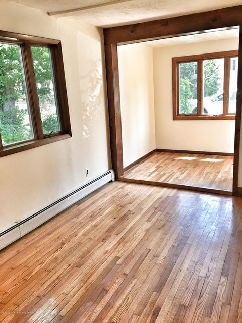 Additional photo for property listing at 379 Shirley Avenue  Staten Island, New York 10312 United States