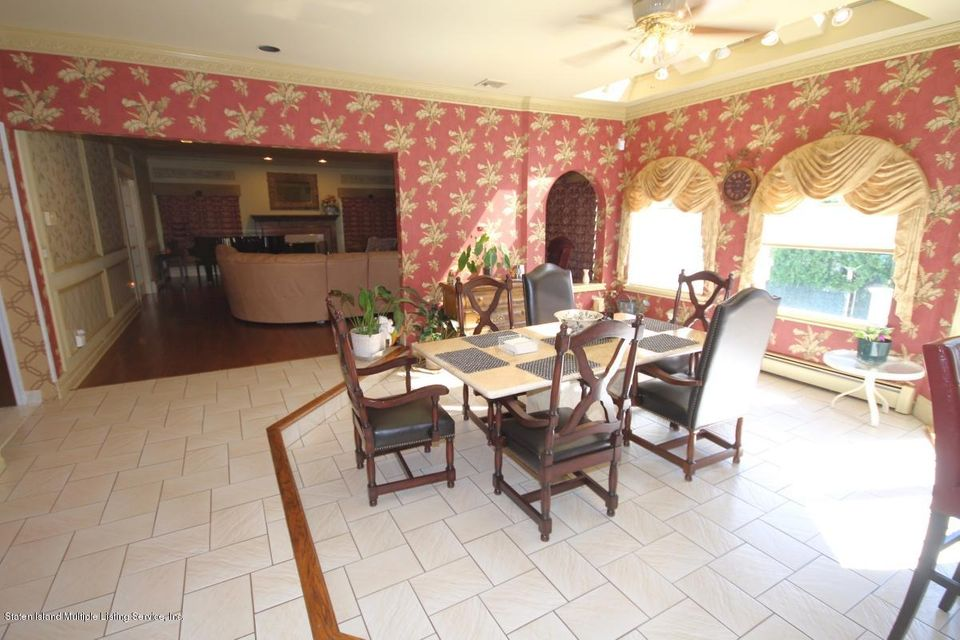 Additional photo for property listing at 70 Dresden Place  Staten Island, New York 10301 United States