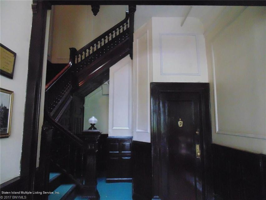 Additional photo for property listing at 316 Clinton Avenue  Brooklyn, New York 11205 United States